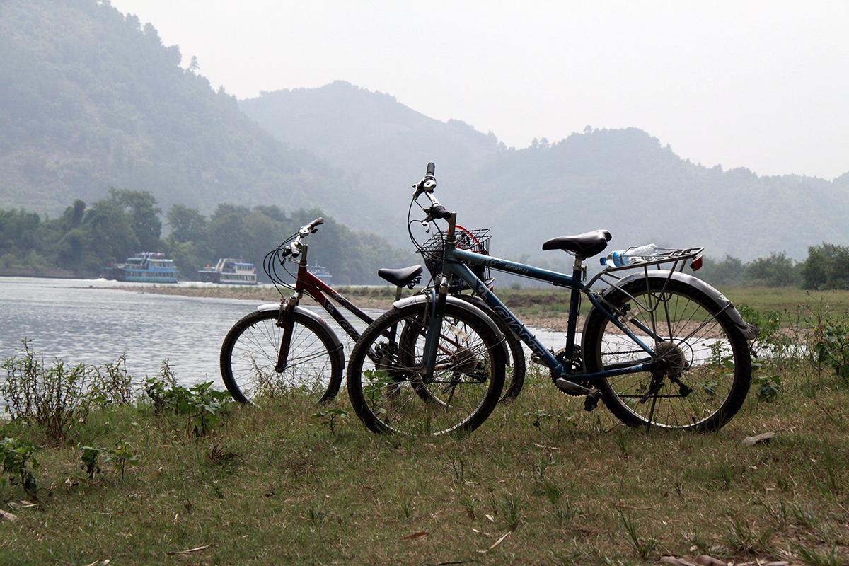 bicycling-yangshuo-1