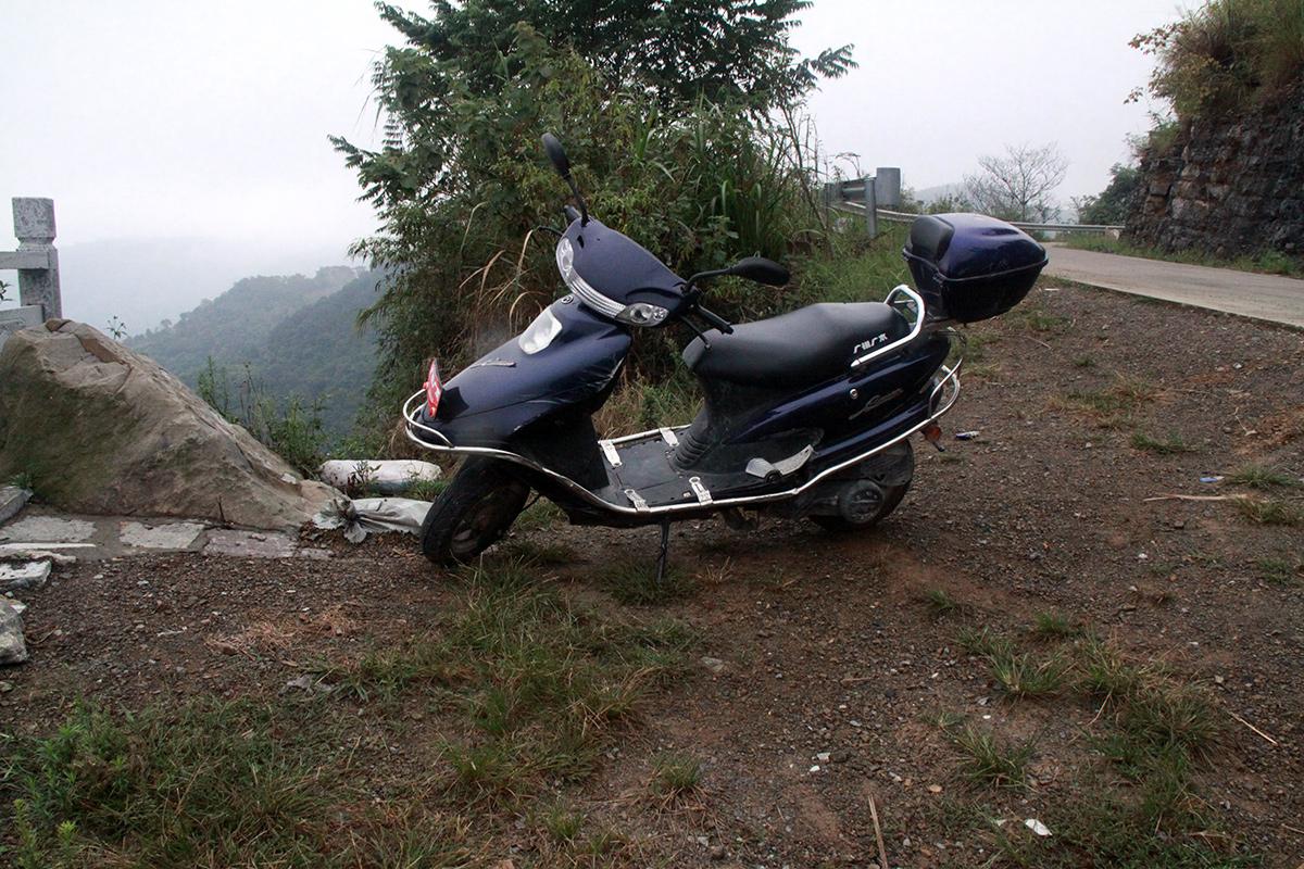 exploring-yangshuo-by-motorbike