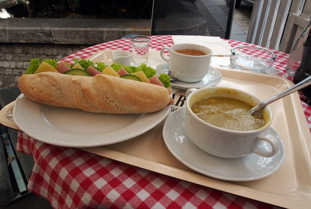 joe-cafe-bakery-prague-2