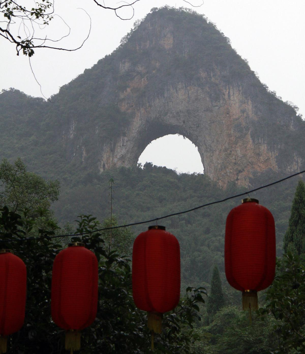 moon-hill-yangshuo-2