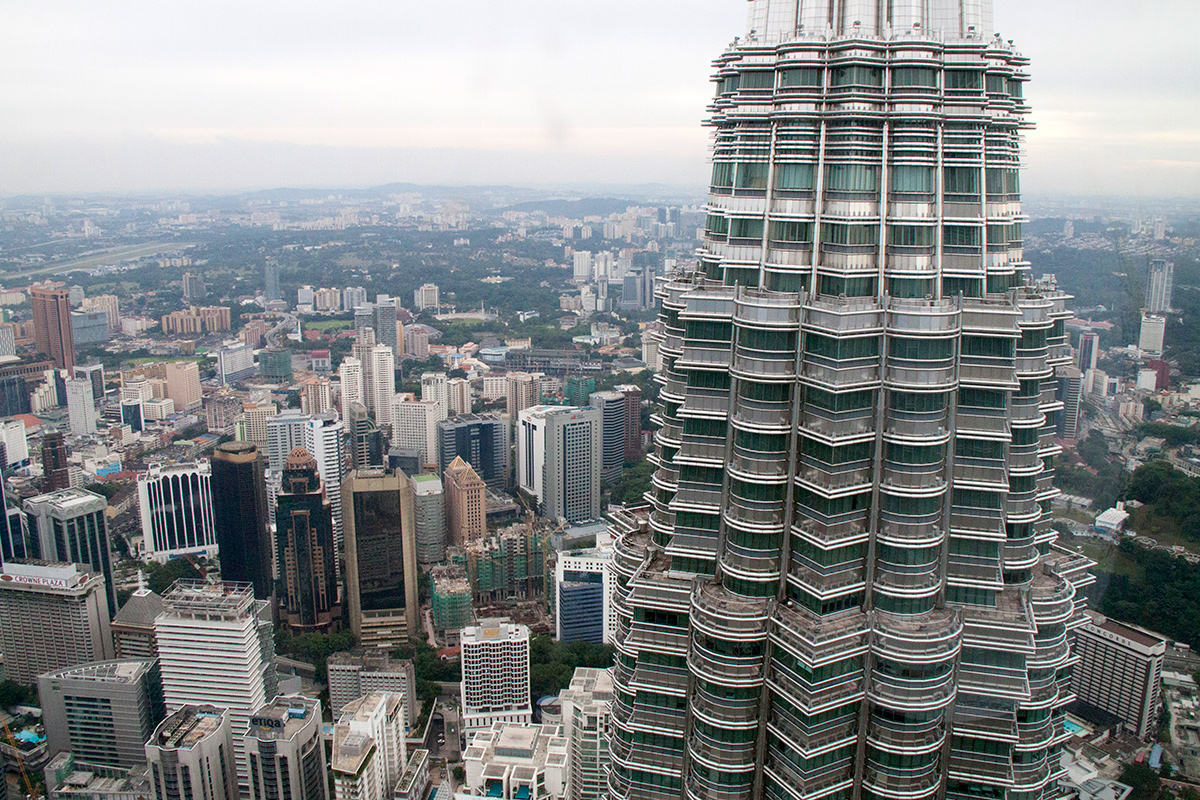 petronas-twin-towers-4