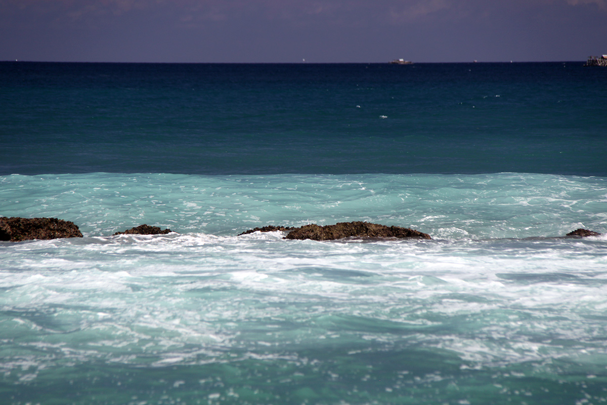 white-sand-beach-sulawesi-5